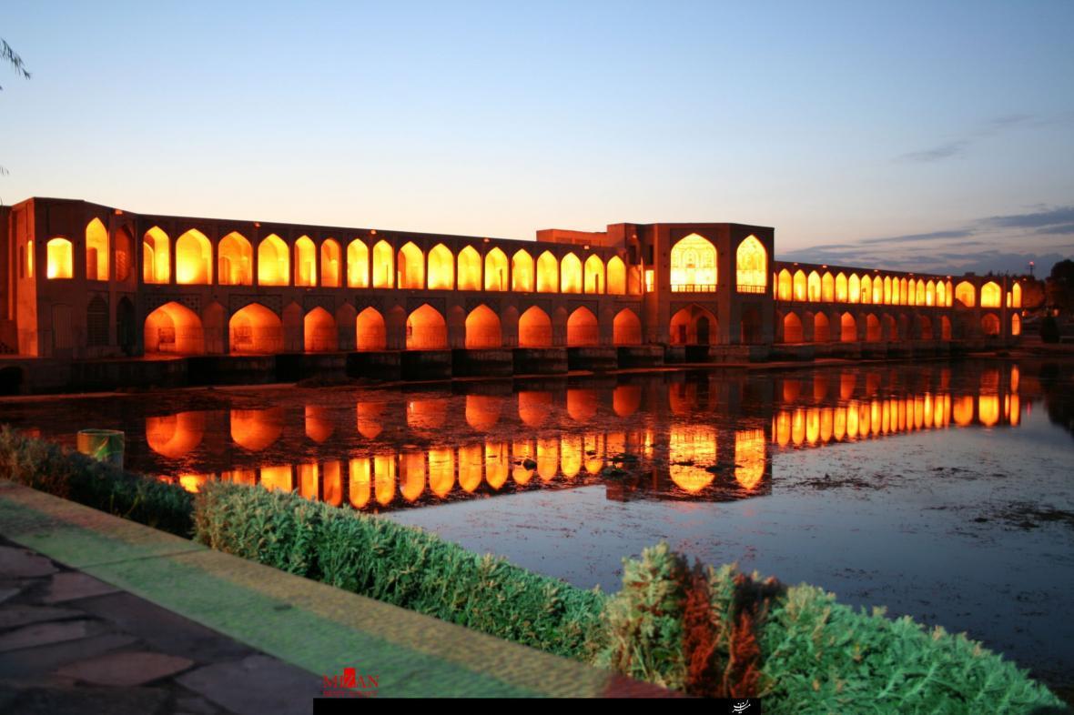 نرخ هزینه اقامت در نصف جهان ، بهترین جهت برای سفر به اصفهان