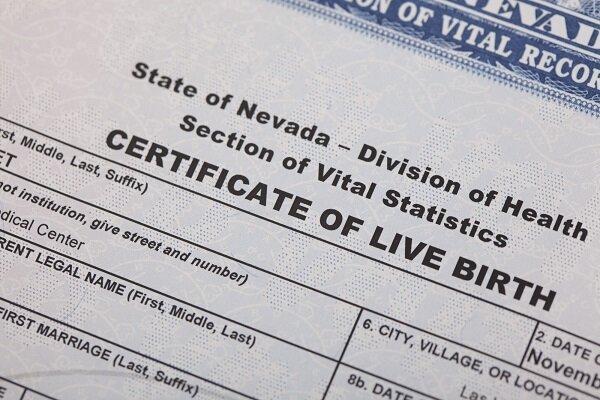 اطلاعات 725 هزار متقاضی دریافت گواهی تولد در آمریکا فاش شد