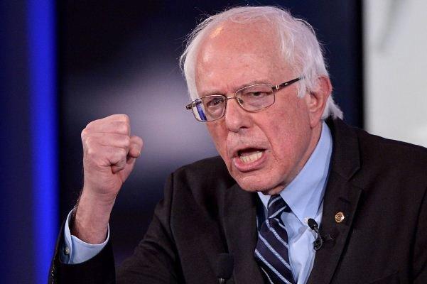 برنی سندرز در نیوهمپشایر هم از نامزدهای رقیب پیشی گرفت