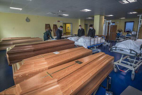 مشکل دفن جسدهای کرونایی در ایتالیا ، ارتش واررد شد