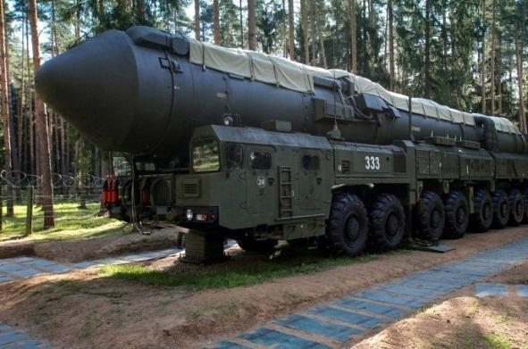 وزارت دفاع روسیه: به حمله موشکی، پاسخ اتمی خواهیم داد
