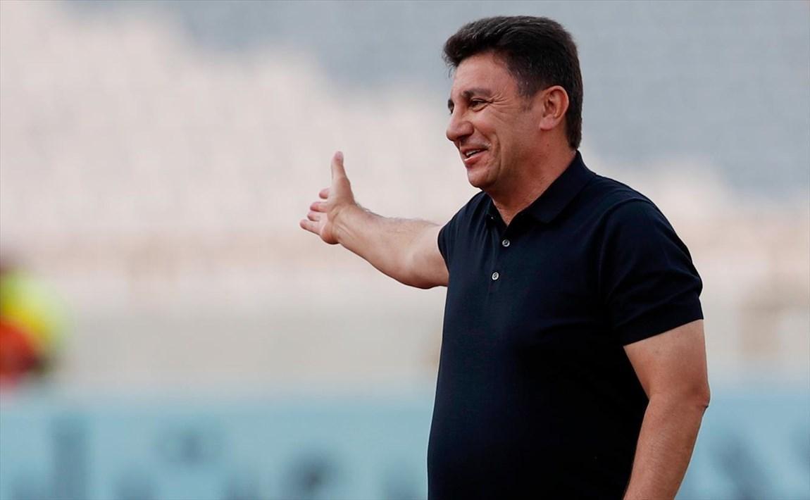 لیگ برتر فوتبال، ادامه تیره روزی های سپاهان با تعویض های عجیب قلعه نویی، پیروزی نساجی با گل کارلوسی