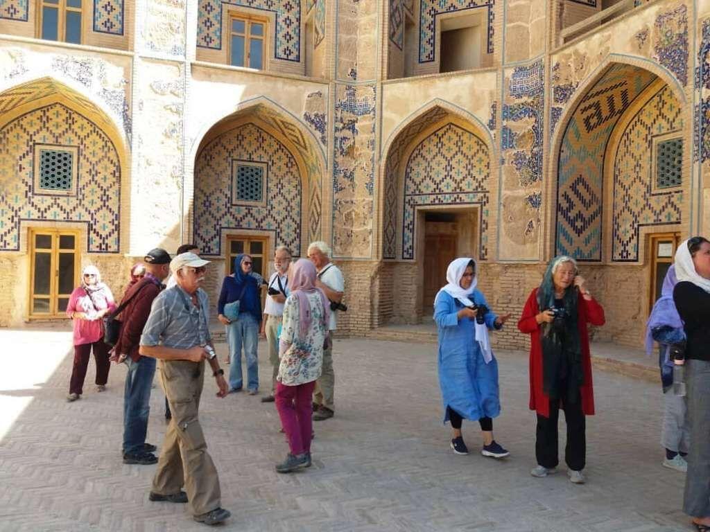 جهانگرد خارجی به ایران نمی&zwnjآید یا در فصل کم&zwnjجهانگرد هستیم؟