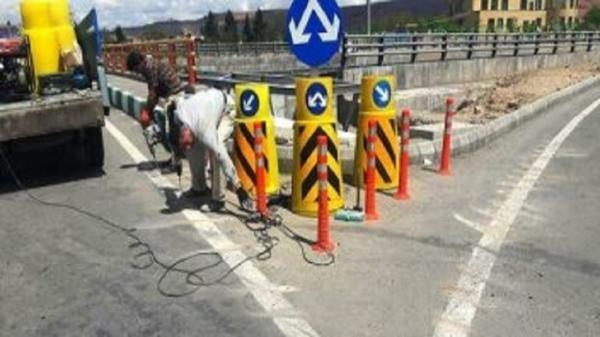 تداوم عملیات تهیه، نصب، تعمیر و بهسازی تجهیزات ترافیکی در تبریز